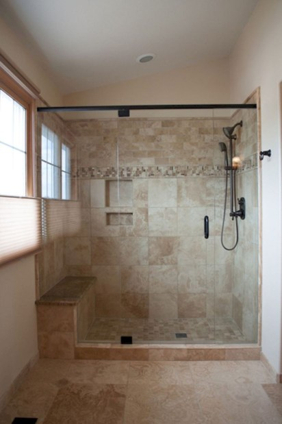 Adorable mosaic marble shower tile for your bathroom 30