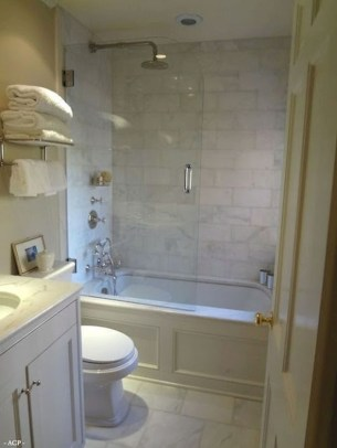 Adorable mosaic marble shower tile for your bathroom 39