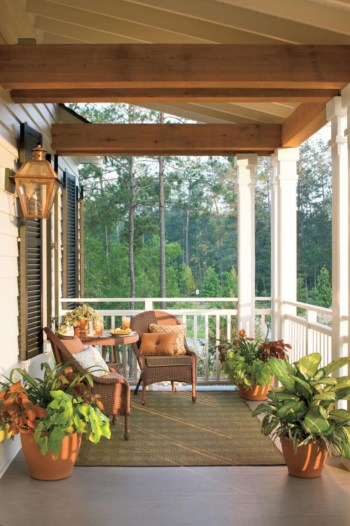 Beautiful porch ideas that will add value your home 13