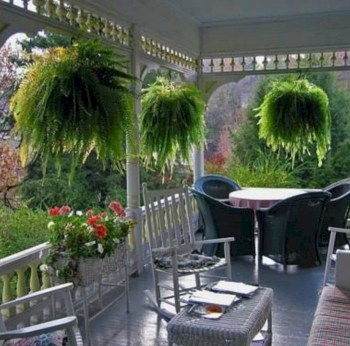 Beautiful porch ideas that will add value your home 19