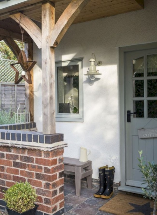 Beautiful porch ideas that will add value your home 25