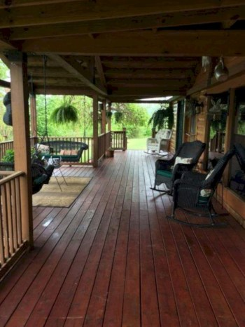 Beautiful porch ideas that will add value your home 32