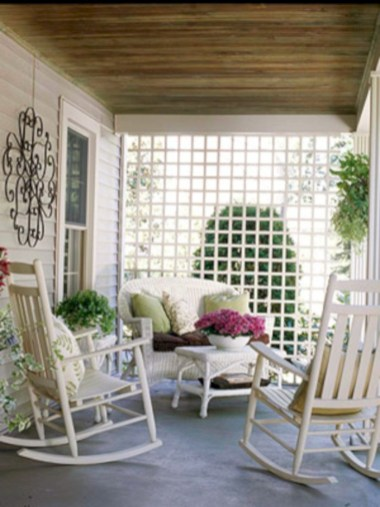 Beautiful porch ideas that will add value your home 34