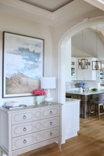 Best bright home with warm detail 14