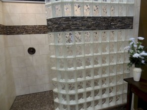 Best classic glass block shower layout 01