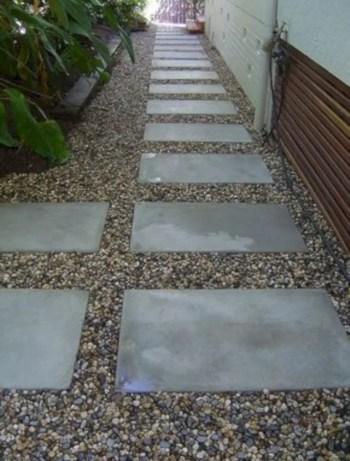 Best garden walkway to envy your visitor 06