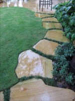 Best garden walkway to envy your visitor 07