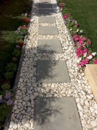 Best garden walkway to envy your visitor 10