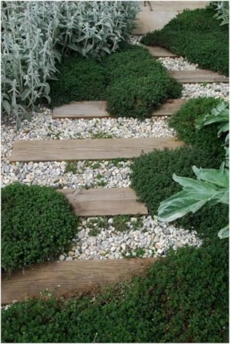 Best garden walkway to envy your visitor 13