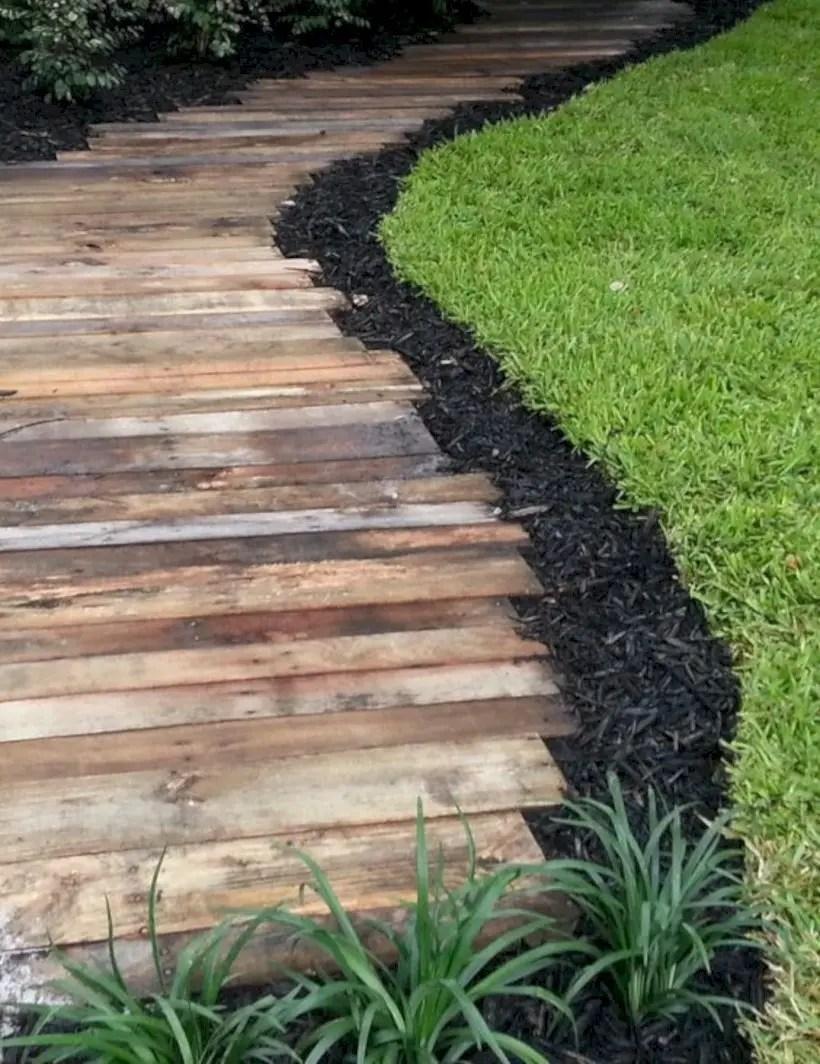 Best garden walkway to envy your visitor 25