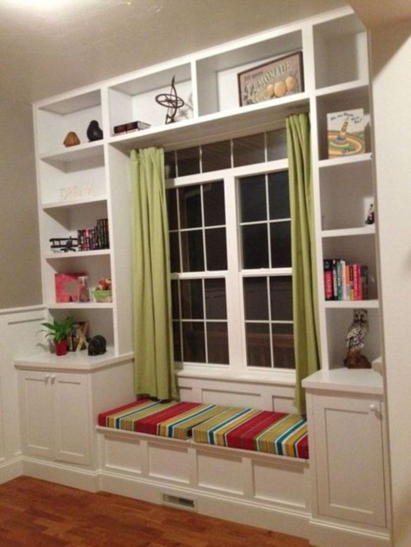 Built-in bench for your basement design ideas 35