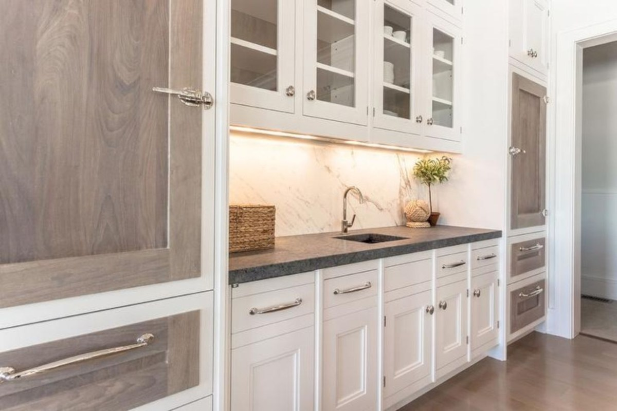 Charming custom kitchens cabinets designs 23
