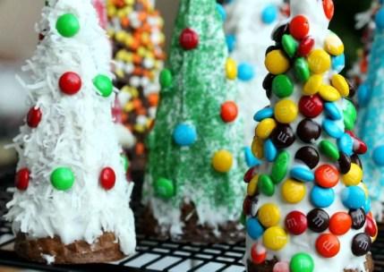 Diy christmas cone trees 34