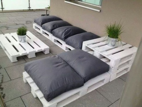Easy pallet furniture projects for beginners 38