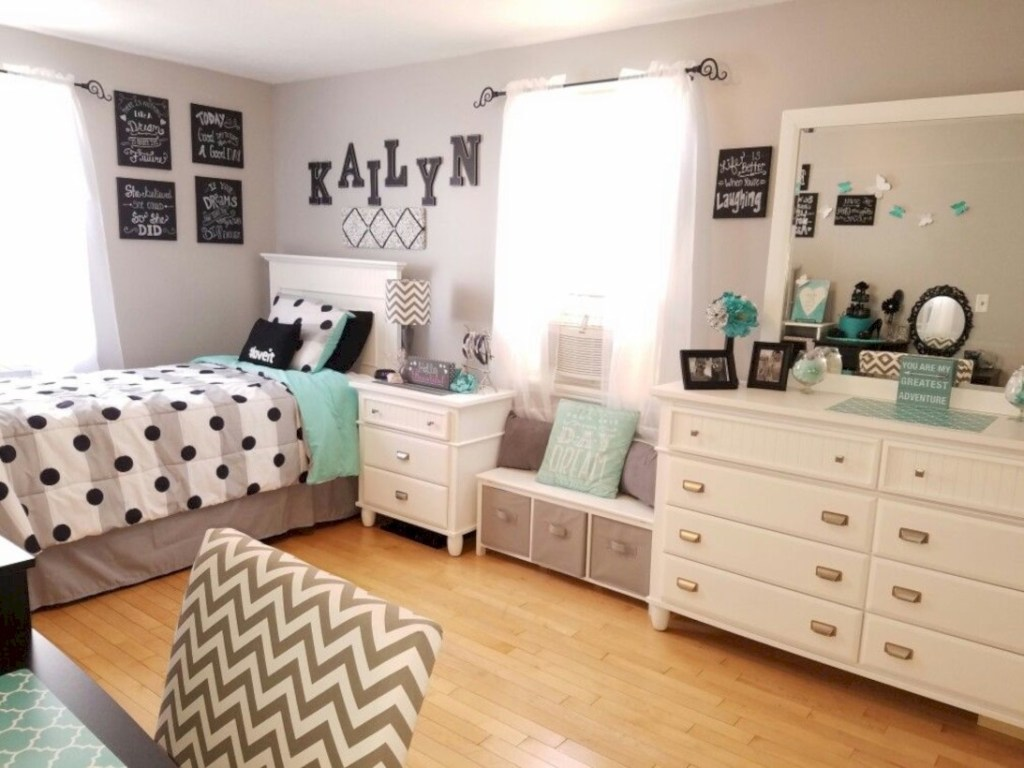41 Easy and Clever Teen Bedroom Makeover Ideas - Matchness.com on Teenage Bedroom Ideas  id=50821