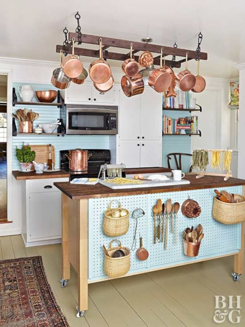 Conventional Kitchens Deliver Great Flexibility As The User Can Opt For A  Customized Design. This Kitchen Design Is An Excellent Option For Kitchen  ...