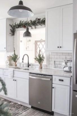 Fabulous small kitchen ideas with farmhouse style 06