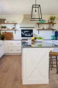 Fabulous small kitchen ideas with farmhouse style 12