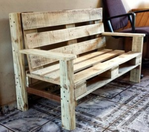 Furniture pallet projects you can diy for your home 11