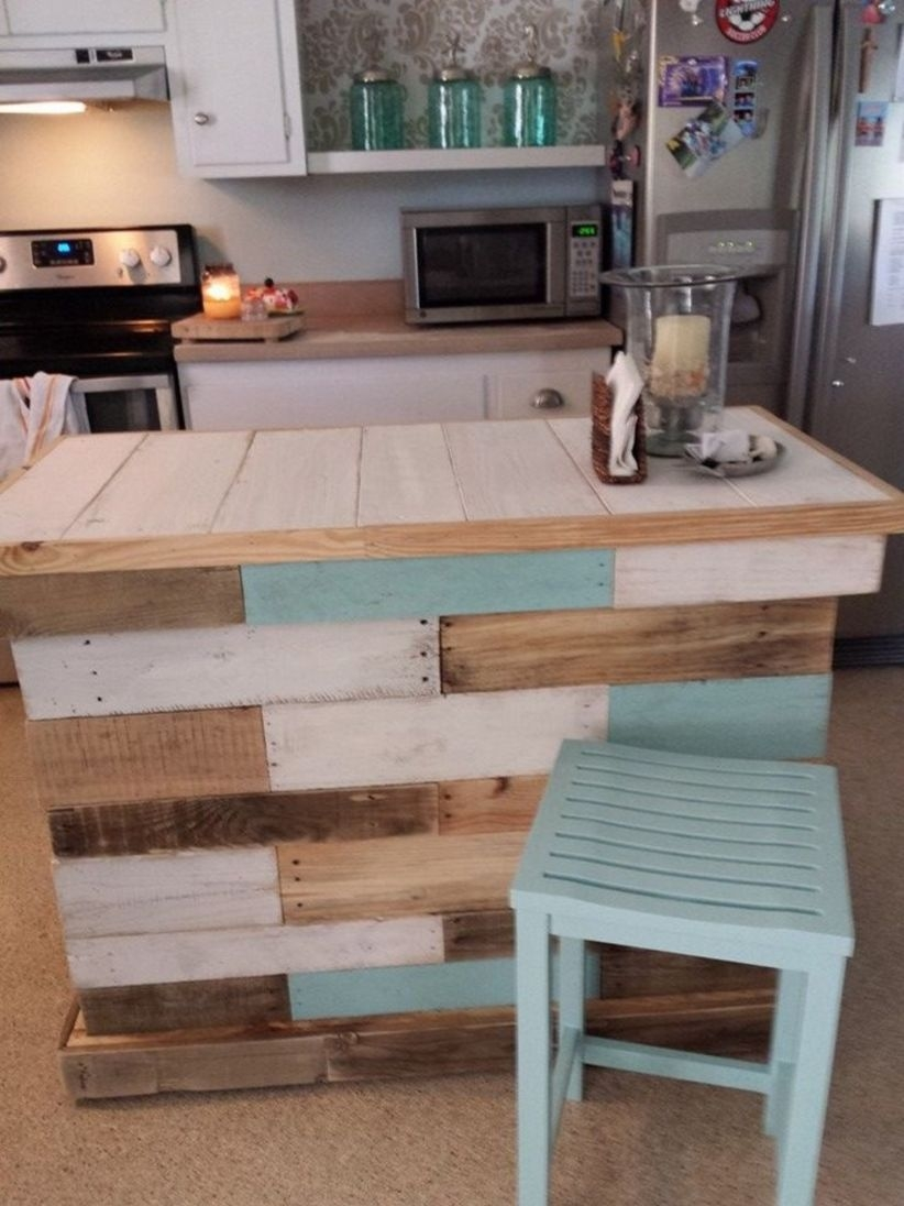 Furniture pallet projects you can diy for your home 13