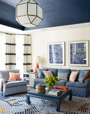 High ceilings accent wall with traditional and classic look 18