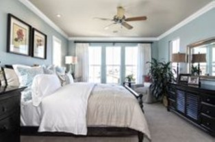 High ceilings accent wall with traditional and classic look 33