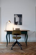 Neat and clean minimalist workspace design ideas for your home 13