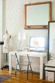 Neat and clean minimalist workspace design ideas for your home 21