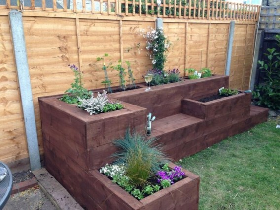 Outdoor garden decor landscaping flower beds ideas 11
