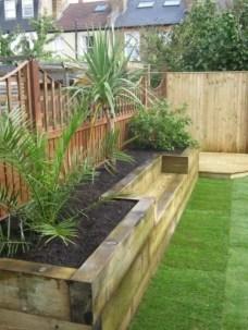 Outdoor garden decor landscaping flower beds ideas 40