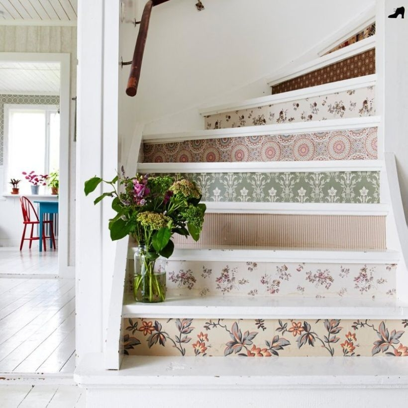 Painted staircase ideas which make your stairs look new 22