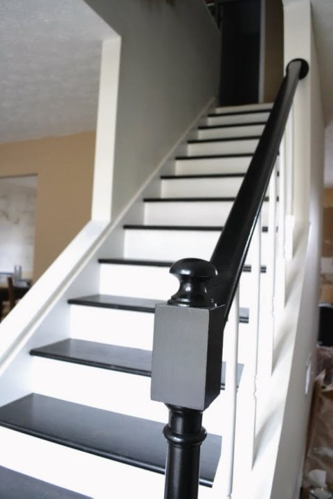 Painted staircase ideas which make your stairs look new 23