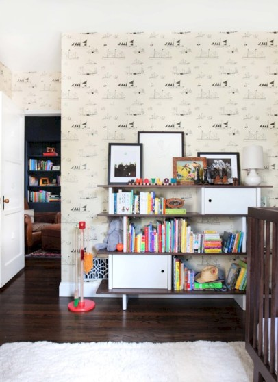 Pieces to create a stylish bookcase instantly 01