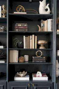 Pieces to create a stylish bookcase instantly 34