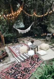 Shabby chic and bohemian garden ideas 01