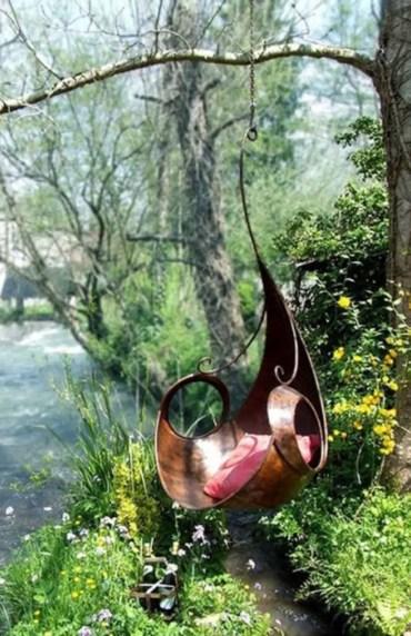 Shabby chic and bohemian garden ideas 22