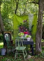 Shabby chic and bohemian garden ideas 30