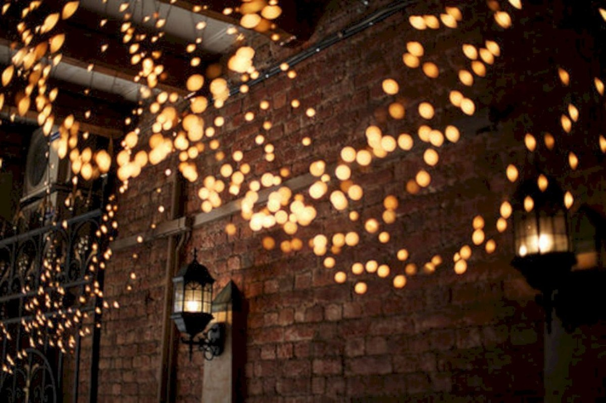 Twinkly ways to light up your home with christmas fairy light 14
