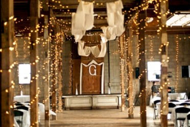 Twinkly ways to light up your home with christmas fairy light 17