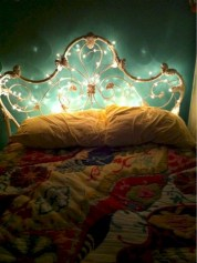 Twinkly ways to light up your home with christmas fairy light 42