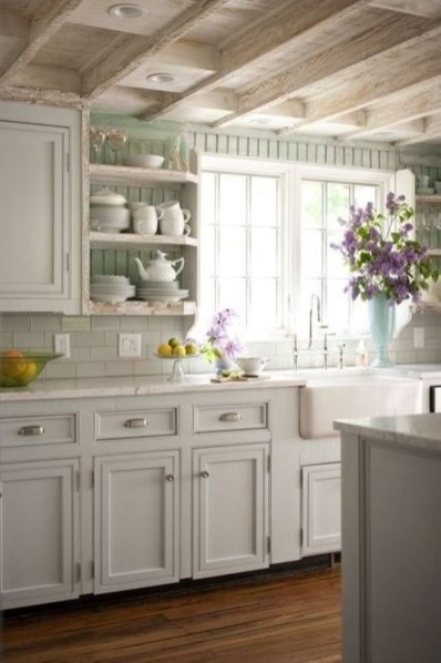 Ways to incorporate shiplap into your home 12