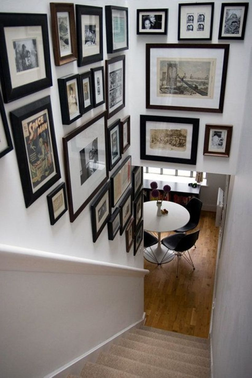 White wall and picture frames in hallway decorating ideas 11
