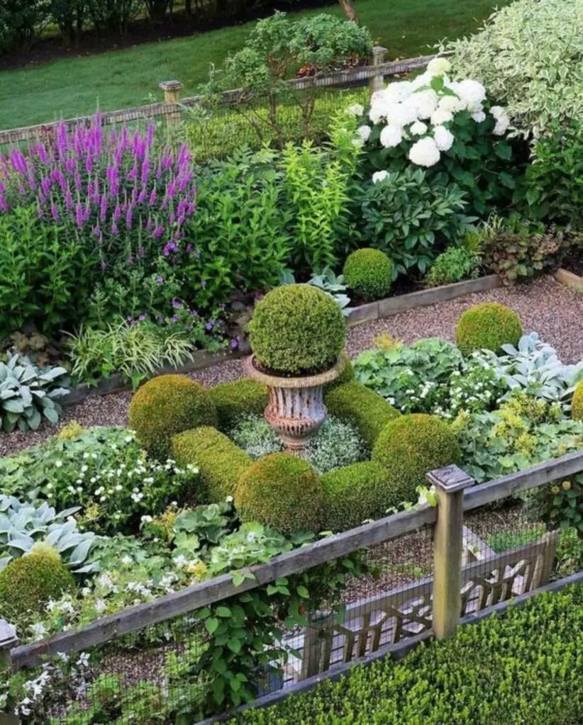 Borderline designs for beautiful garden