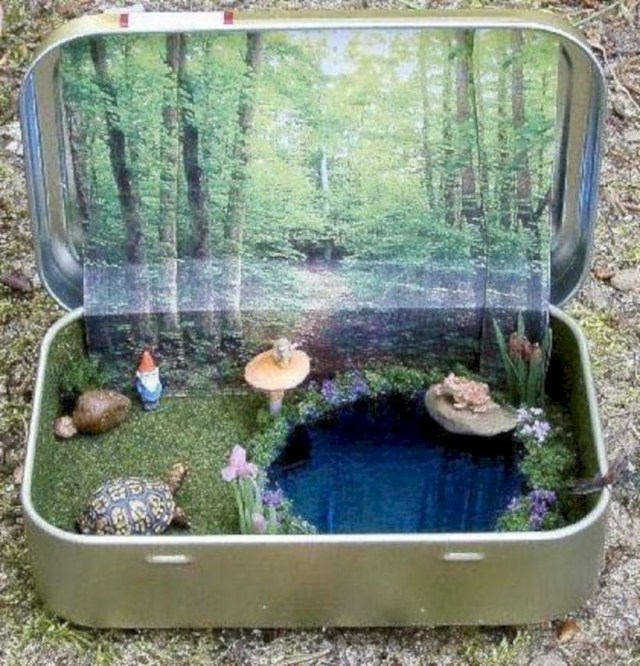 Fairy garden in a tin