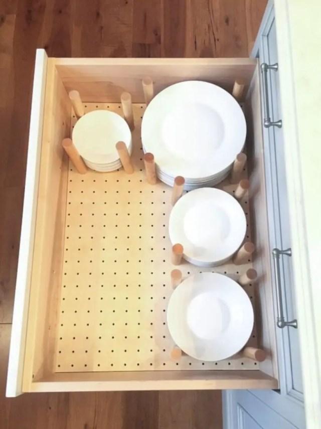 Kitchen drawer plate