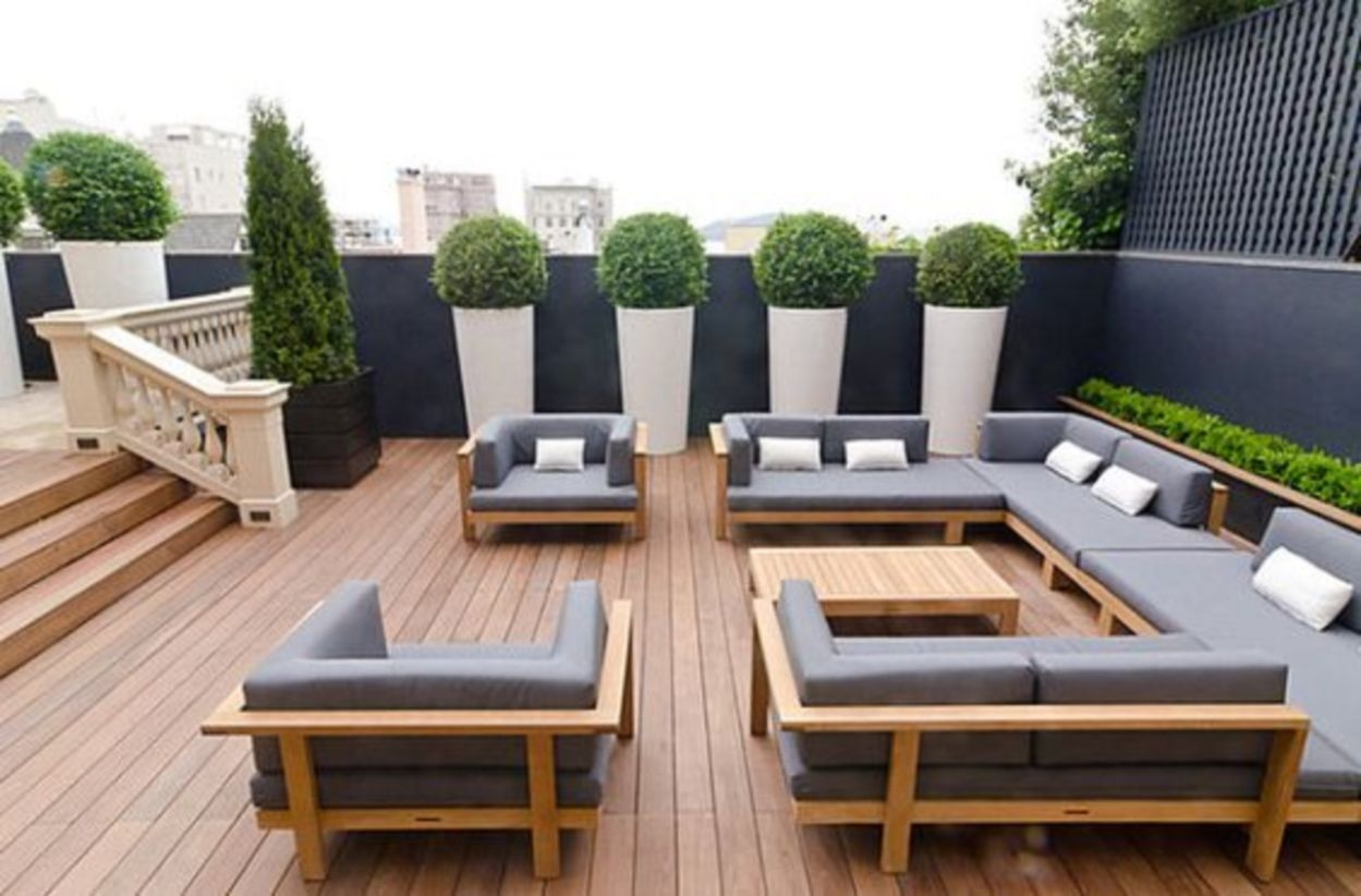 Charming Ideas For Outdoor Living Spaces Part - 9: Modern Outdoor Living Space Ideas