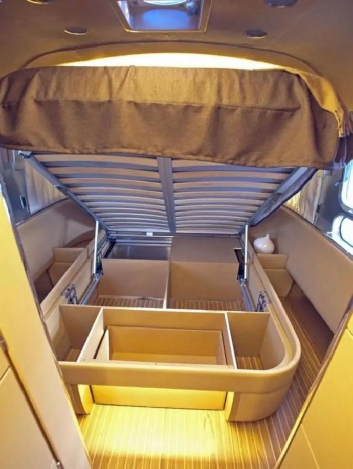 Rv storage in under bed
