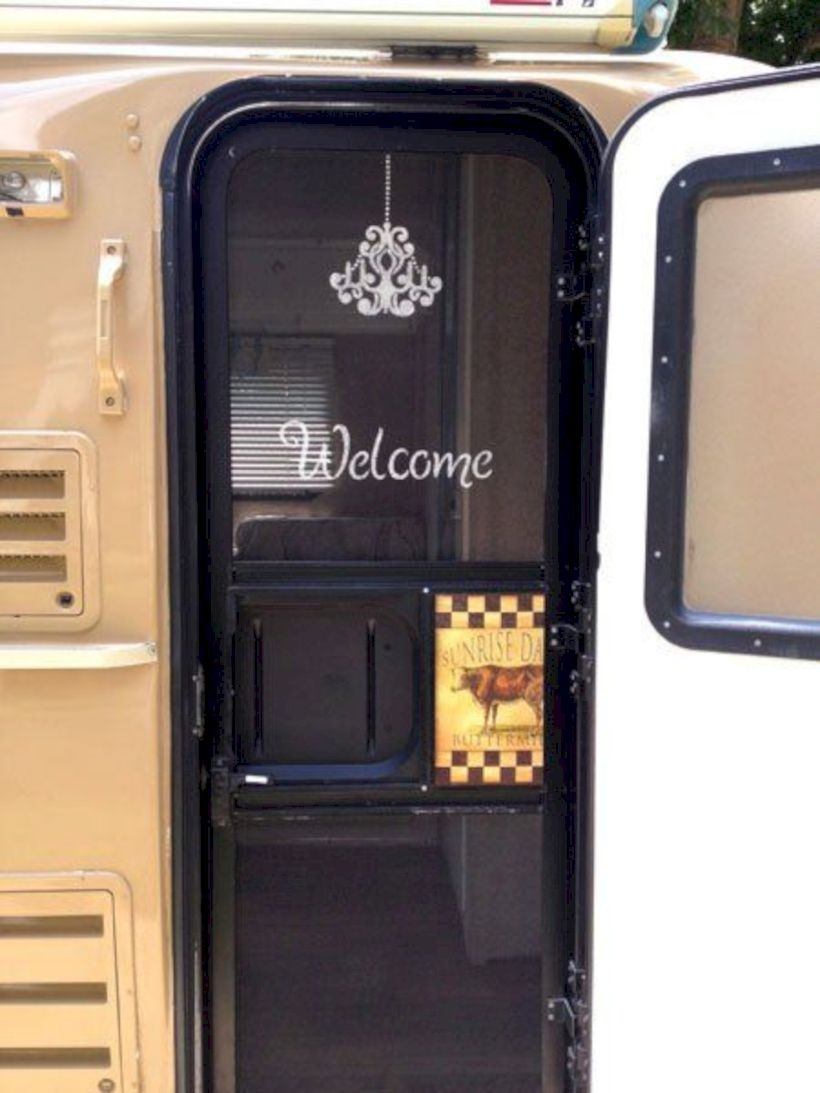 Stenciling the screen door on a casita travel trailer