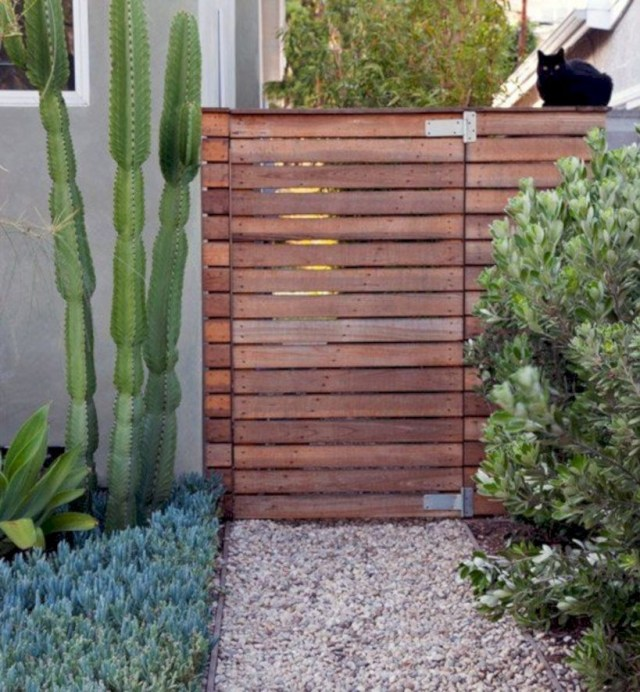 Slat-wood fence gate