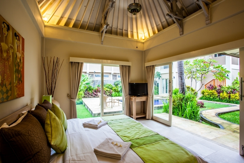 2. bed room with swimming pool